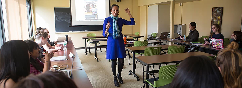 Professor Oneka LaBennett teaching class.